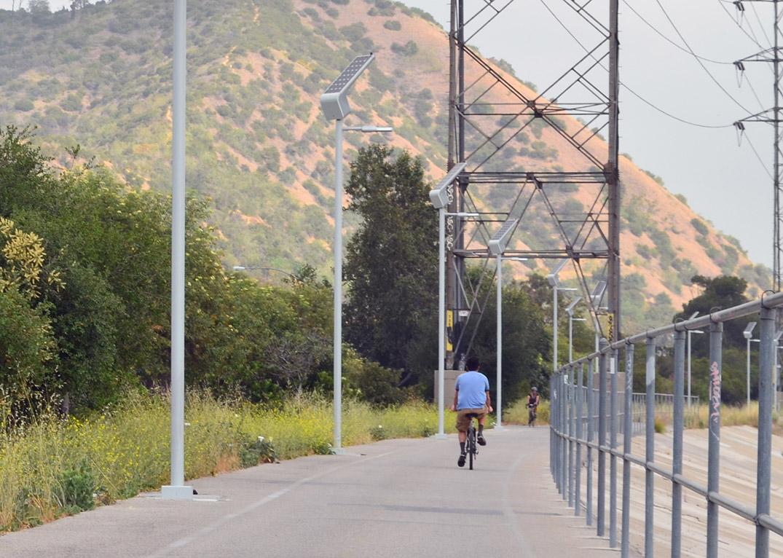 Solar Led Lighting Cuts Down La Bike Path Vandalism Sol