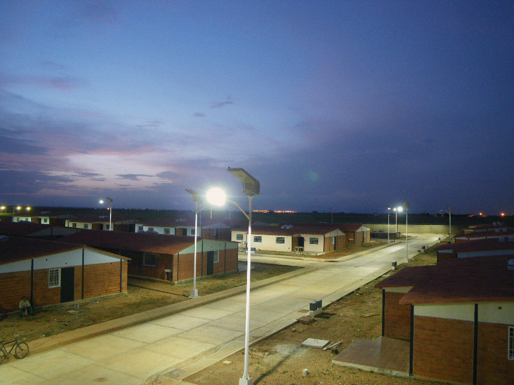 Housing complex fulfills eco friendly mandate with solar street housing complex fulfills eco friendly mandate with solar street lights arubaitofo Images