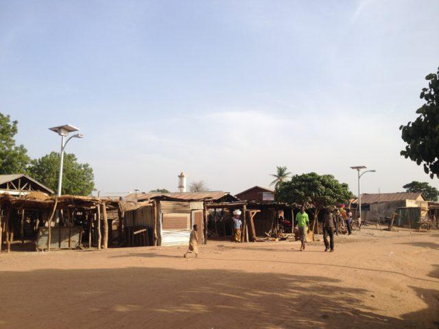 Dunkassa-Benin-EG145-solar-street-light